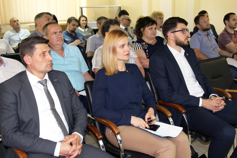 "The Ministry of Economic Development of the PMR in cooperation with the Chamber of Commerce and Industry of Pridnestrovie held a round table on the subject of ""New Entrepreneurship Support Mechanisms in the Pridnestrovian Moldavian Republic"""